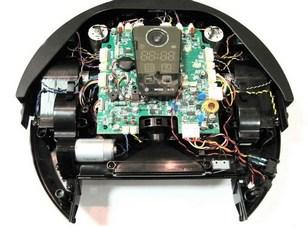 чтобы понять как работает робот пылесос нужно посмортенть что у него внутри